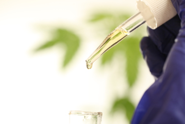 CBD EXTRACT: BENEFITS, DOSAGE, AND EFFECTS