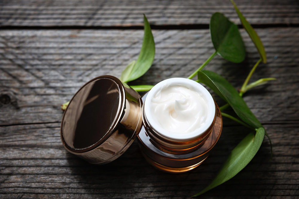 CBD Creams: Benefits and Use of CBD Cream